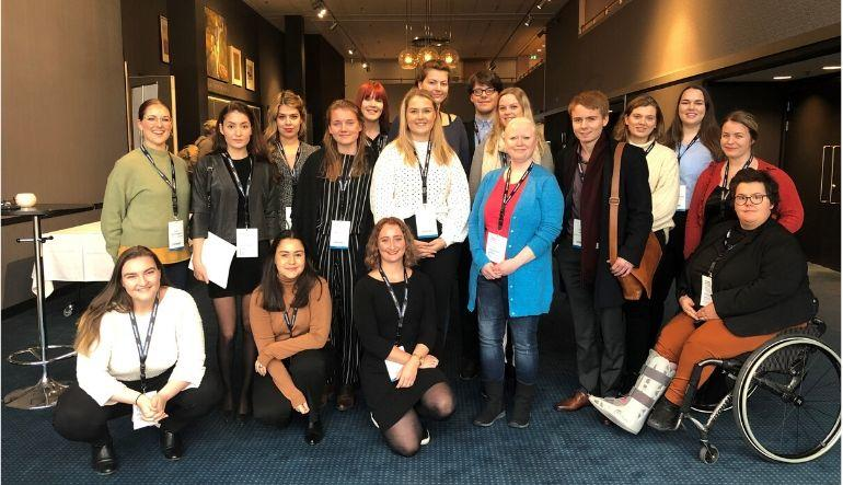 Karoline sammen med resten av studentrepresentantene på nasjonal læringsmiljøkonferanse FOTO